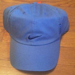 Adult unisex Nike hat